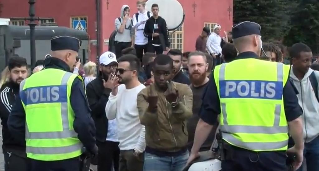 Risk för kalabalik i Kungsträdgården – Stockholms stad vill spärra av platsen