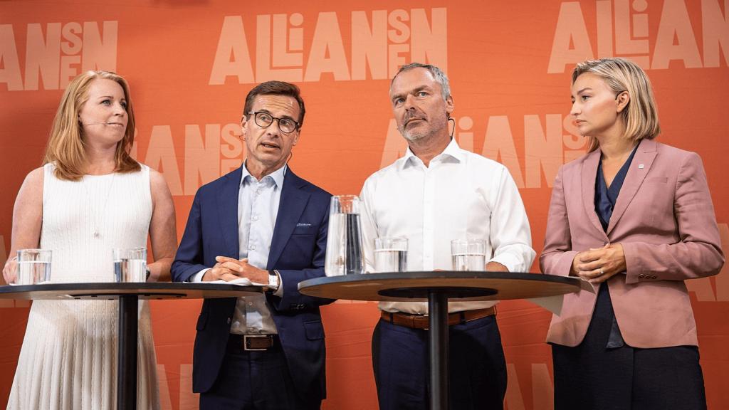 Söndagskrönika: Regeringsspelet är en dans där väljarna saknas