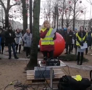 Död åt Absurdistan – länge leve Sverige!