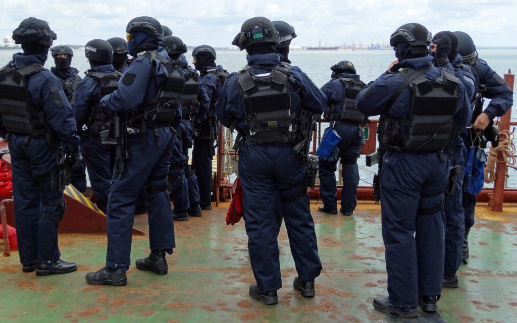 Gryningsräder mot danska dissidenter i morse