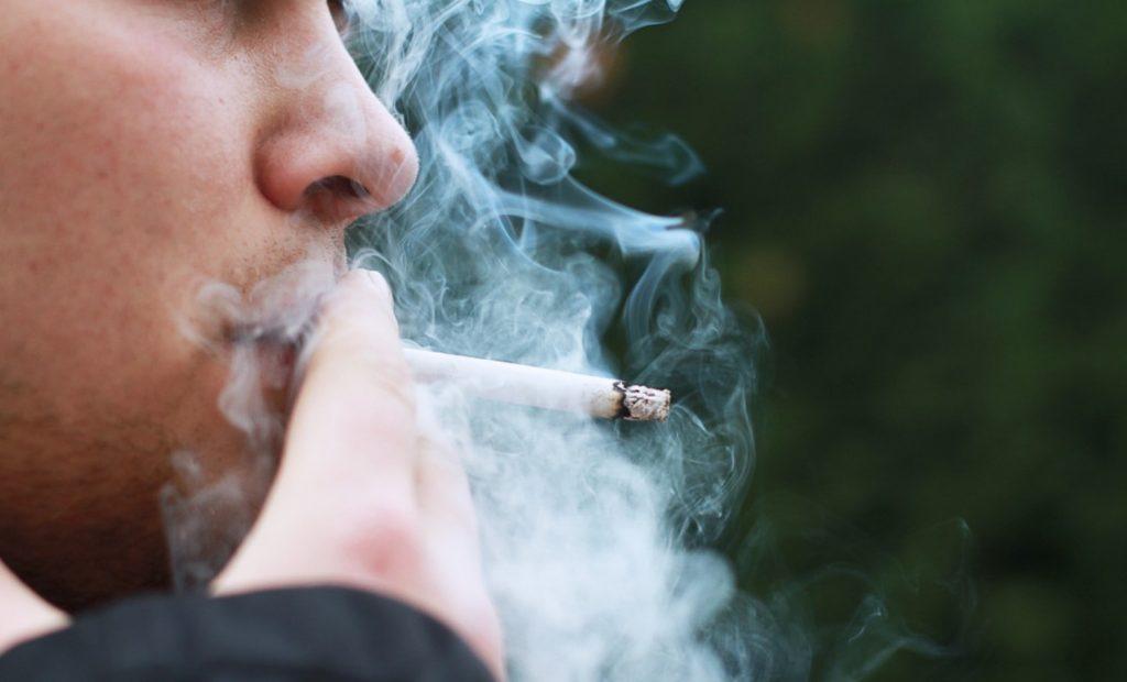 God ton med Gudmundur – del 21: Rökförbudet