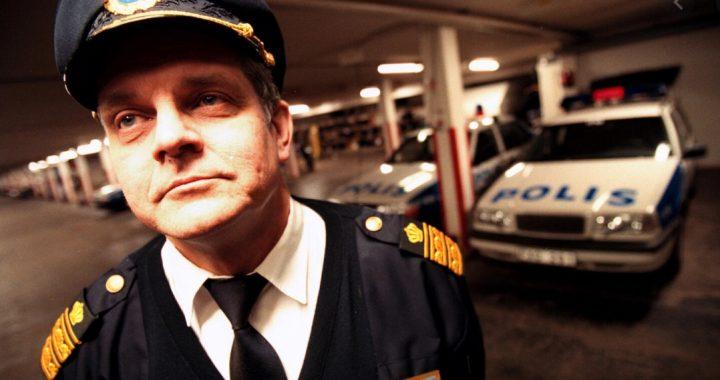 Ärligt talat: Varför ser inte folk igenom människor som Kapten Klänning?