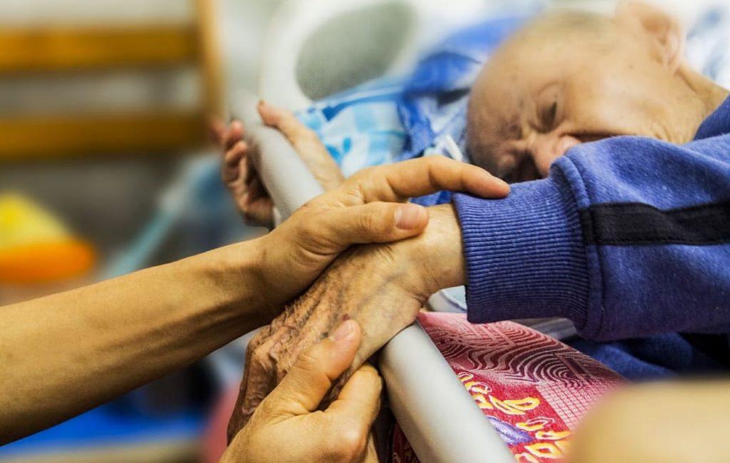 Krönika: Så blev äldrevården rena dödsfabrikerna – del 1