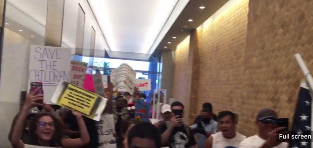 Insändare: Amerikaner protesterar mot mörkläggning av övergrepp